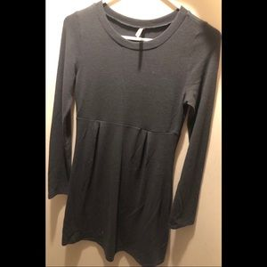 Gray Long Sleeved Dress /Medium